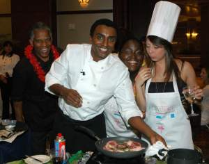 Chef Marcus Samuelsson cooking with guests at the 2007 Food, Friends & Fun Interactive Dinner